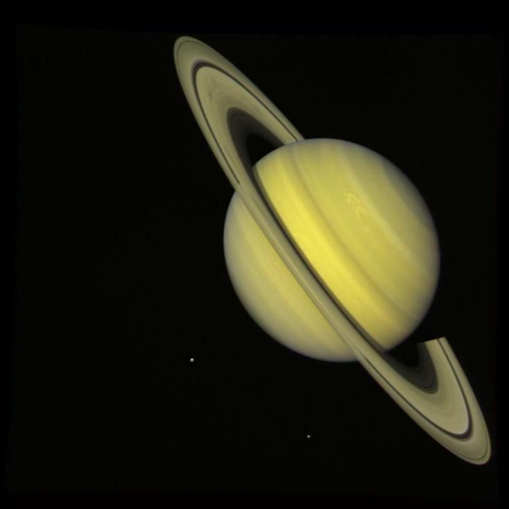 Снимок Сатурна, сделанный Вояджером-2