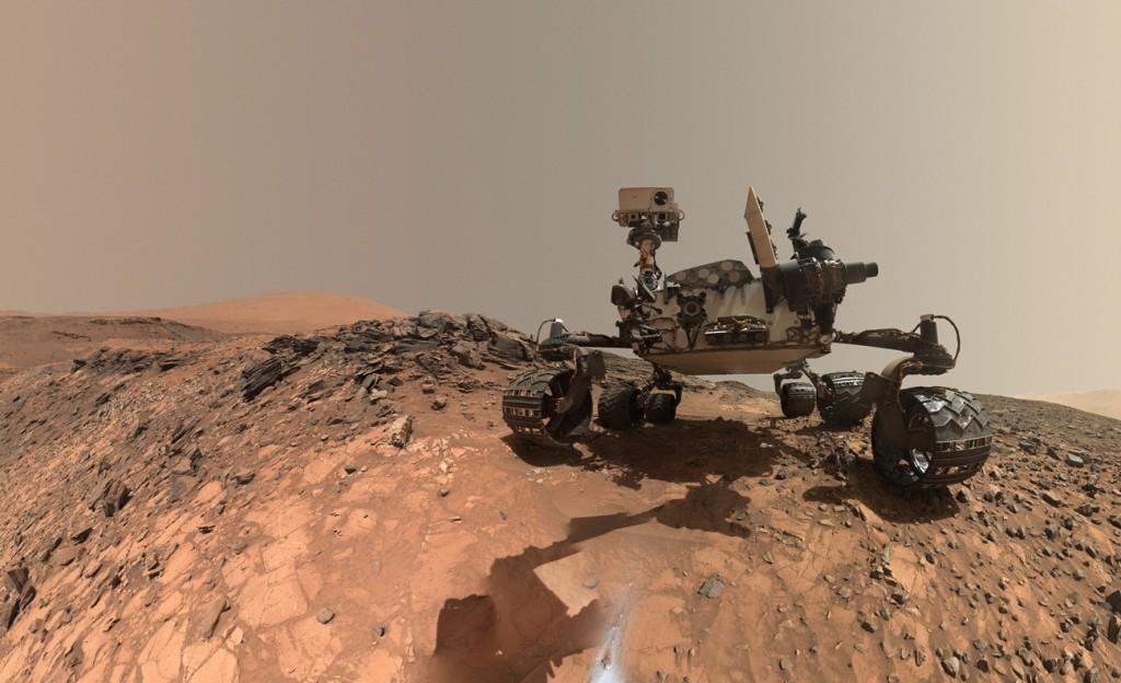 Марсоход Curiosity - селфи