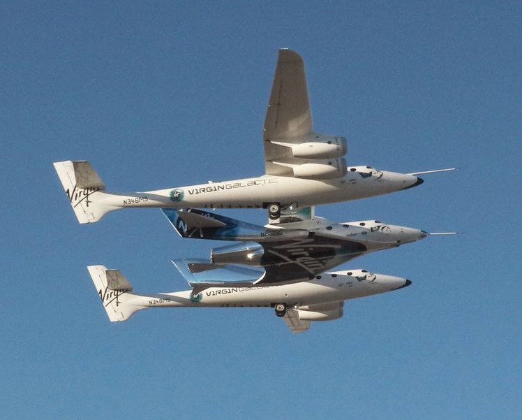 Так SpaceShipTwo отправляется в полёт с помощью самолета.