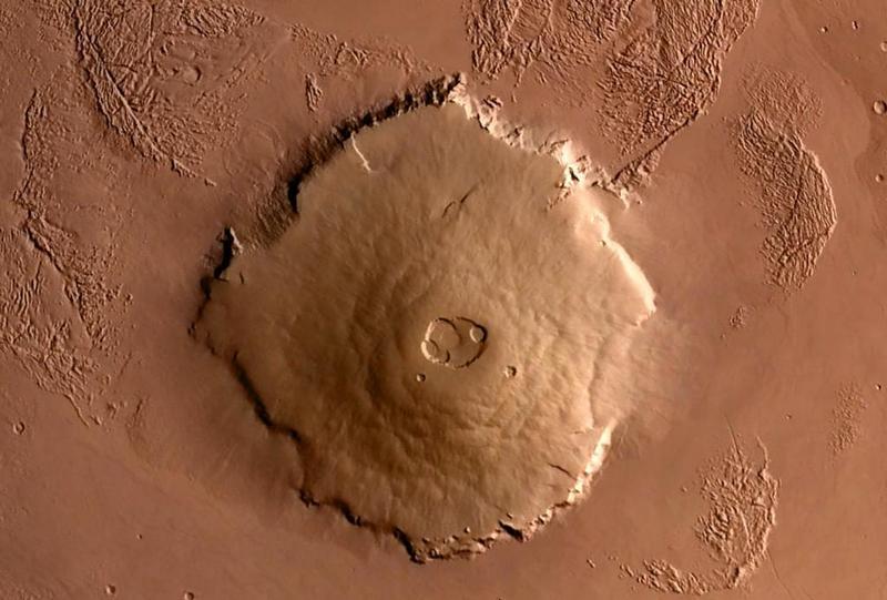 Вулкан Олимп на Марсе - вид сверху.