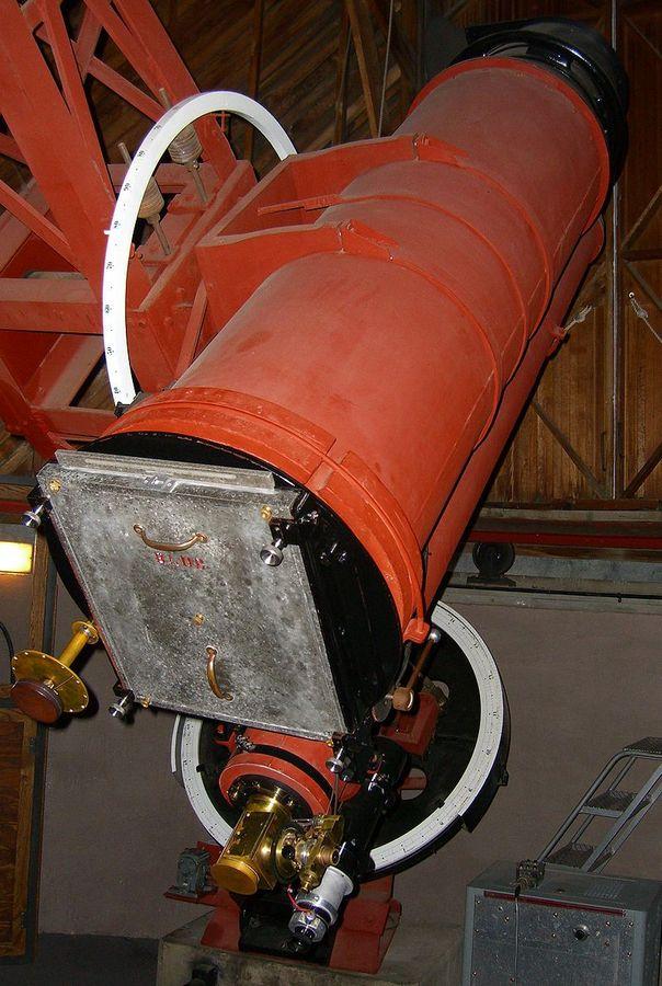 13-дюймовый астрограф, с помощью которого Клайд Томбо фотографировал небо и открыл Плутон.