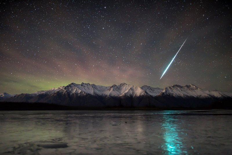 Геминиды над Аляской.
