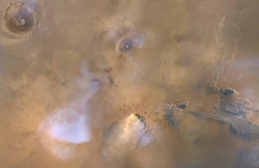 Пылевые столбы на Марсе