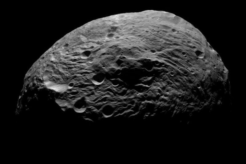 Веста - самый большой астероид в Солнечной системе